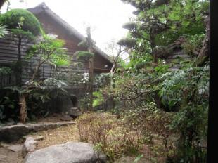 熊本市東区香椎みゆき通り商店街沿い 空家定期管理 施工例